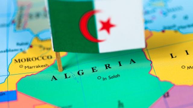 Algeria-map-flag